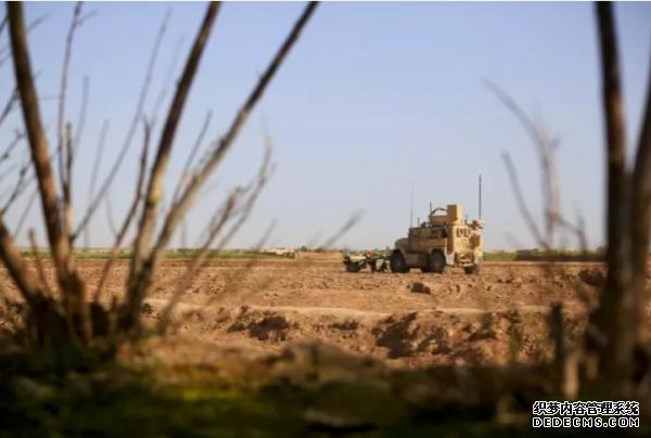 美军车队阿富汗遇公益页游炸弹袭击,2名美国军人死亡